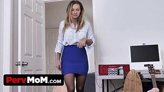 Natasha Starr in Stepmom Dares Me to Resist her Tight Ass