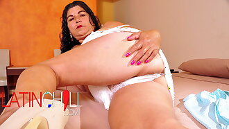 LATINCHILI – Mature Chick Lucia Playing With Her Pussy and Toy