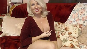 Curvy MILF Rosie: Sexy Mom Putting on Lingerie Thigh High Stockings